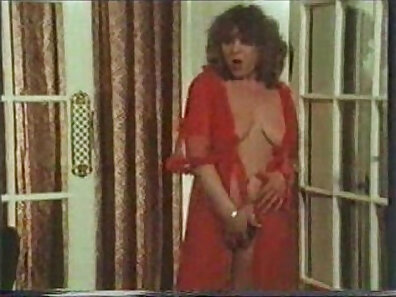 maid humping, sexual pleasure, vintage in high-quality xxx movie