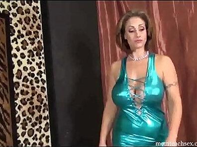 boobs in HD, handjob videos, hot mom, hot stepmom, huge breasts, nude, solo posing xxx movie