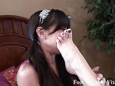 feet, hot babes xxx movie