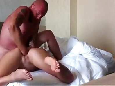 bedroom screwing, fist in pussy, painful drilling xxx movie