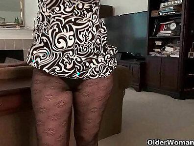 hardcore screwing, mature women, older woman fucking, orgasm on cam, sexual pleasure, sexy mom, usa porn xxx movie