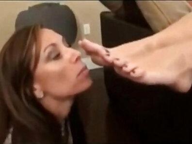feet, foot fetish porn, hot mom, kinky fetish, mother fucking, worship porn xxx movie