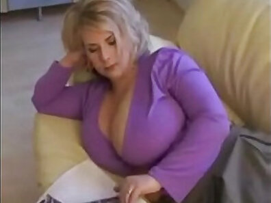 boobs in HD, chat sex, enormous boobs, fucking in HD, huge breasts, sexy mom, teasing play, webcam recording xxx movie