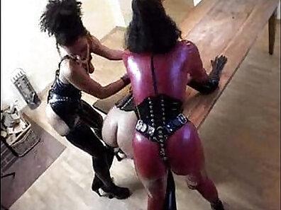fucking in HD, hardcore screwing, kinky fetish, latex fetish, sensual lesbians xxx movie