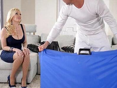 blondies, boobs in HD, cum videos, huge breasts, sperm on boobs xxx movie