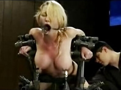 BDSM in HQ, dildo fucking, fuck machine movs xxx movie