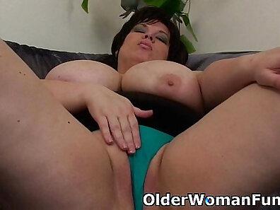 dildo fucking, fat girls HD, fucking in HD, hot mom, mother fucking, solo model xxx movie