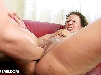 fist in pussy, sexy chicks xxx movie