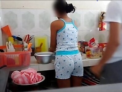 baiser dans la cuisine 194 vidéo