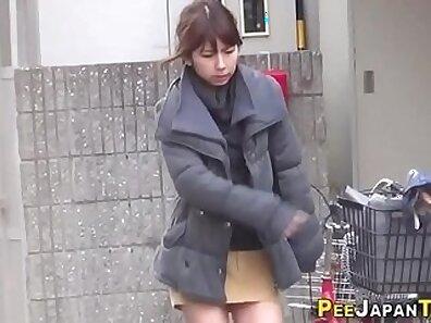 fucking In public, japanese models, peeing fetish xxx movie