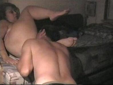 fucking in HD, HD amateur, hot mom, mature women, older woman fucking, sextape, swingers party, watching sex xxx movie