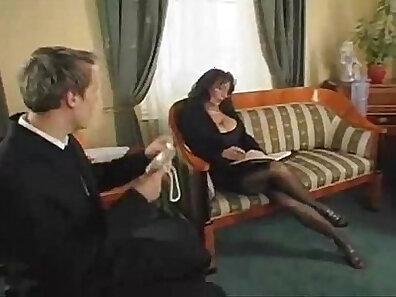 fucking in HD, mature women, older woman fucking, wearing glasses xxx movie